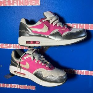 Shoes - Nike Air Max 1 size 7 Y
